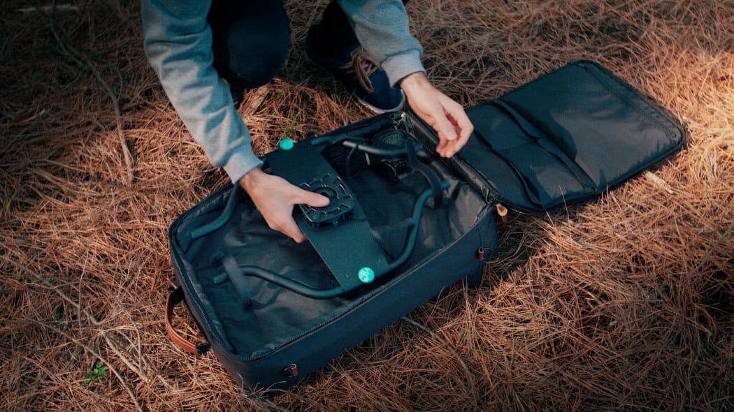 unpacking-slingshot-bag